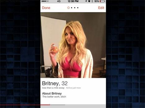 Il profilo di Britney Spears su Tinder. Fonte: Tonight Show