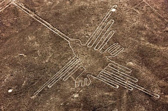 Il Colibrì - http://www.globeholidays.net/South_America/Peru/Media/Nazca_Peru_Lineas.jpg