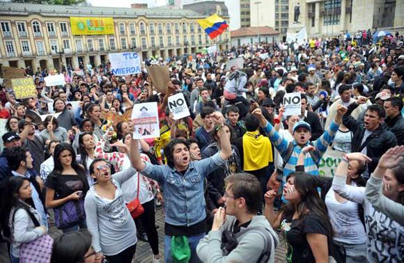 Manifestazione di protesta contro il trattato di libero commercio con gli USA, Colombia