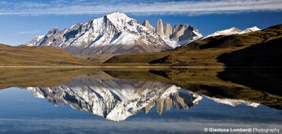 Riflessi su Laguna Amarga, Parque Nacional Torres del Paine (Region de Magallanes y de la Antartica Chilena, Patagonia, Cile)