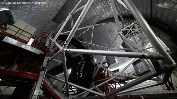 Il Gran Telescopio CANARIAS dentro la sua cupola - Foto di Gianluca Lombardi
