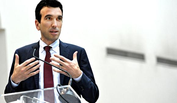 Il Ministro Maurizio Martina - Foto da http://www.mauriziomartina.it/wp-content/uploads/2014/11/hero1.jpg