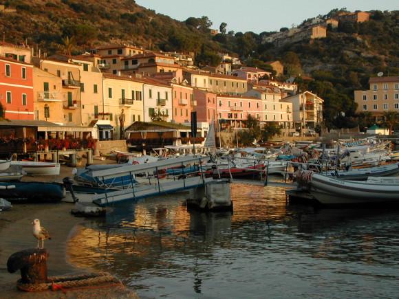 Giglio porto - Foto di Lorenzo G from London, UK - tramite Wikimedia Commons