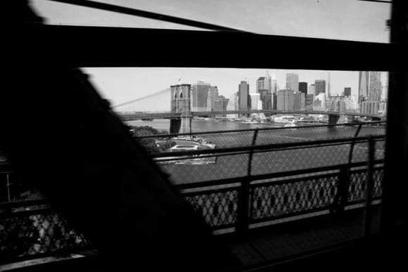 La metro si lascia alle spalle l'isola di Manhattan - photo credit: Federica Petruzzi