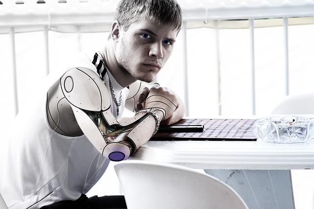 Che lavori può fare un robot? Tutti, molti sono già svolti da automi