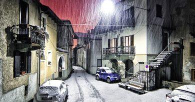 ☃ Lo spettacolo della neve a Lecce esplode sui social con video e foto