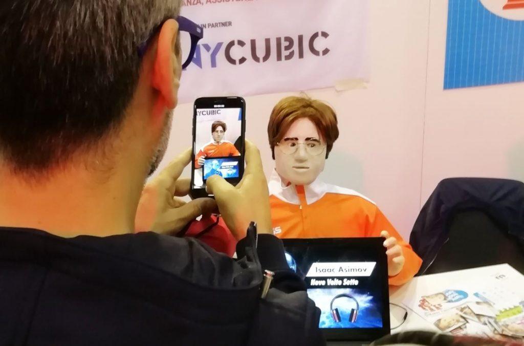 Jerry Manbot - Un robot umanoide a Maker Faire Rome
