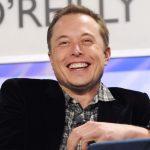 """Elon Musk: """"A breve le Tesla parleranno con i pedoni"""""""