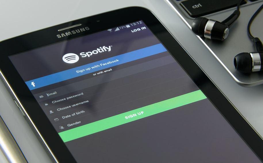 ascoltare musica su spotify