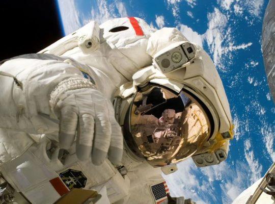 Kate Rubins vota dallo spazio