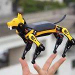Arriva Bittle, il cane robotico che sta nel palmo di una mano