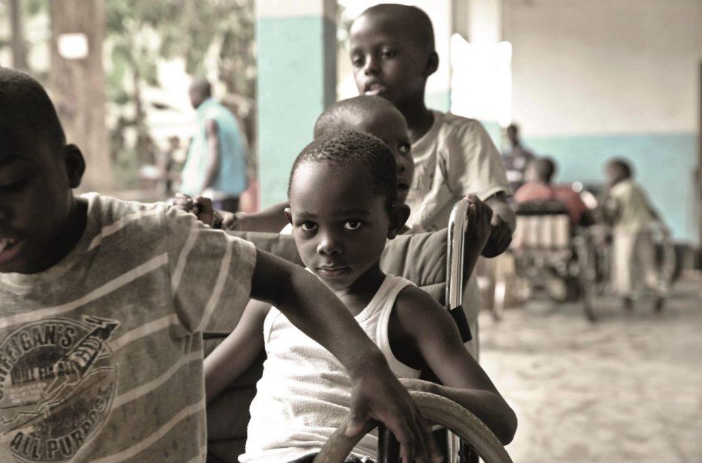 Dokita campagna solidale per i bimbi disabili del Camerun